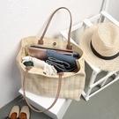 帆布包斜背包春夏原創新款潮流格子帆布包大容量手提購物袋 簡約旅行包女 【快速出貨】