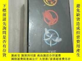 二手書博民逛書店英文原版The罕見Hunger Games飢餓遊戲3冊套裝 電影