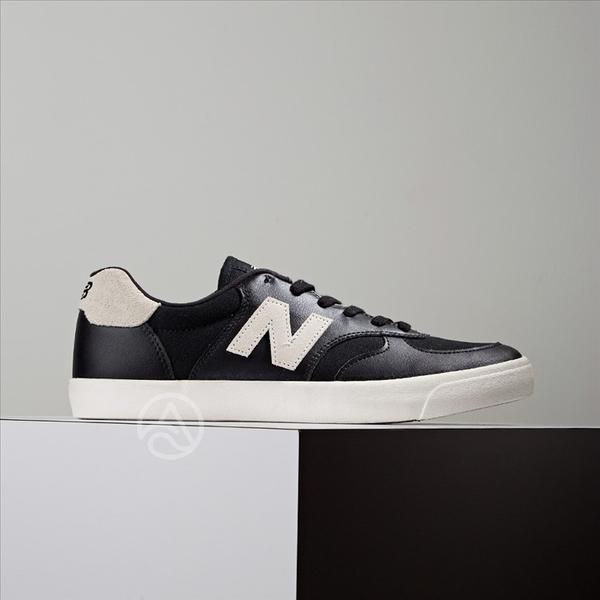 New Balance 休閒鞋 復古 輕量中底 黑 皮革 麂皮 男女 CRT300XB