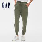Gap女裝 簡約純色鬆緊羅紋縮口休閒褲 542608-軍綠色
