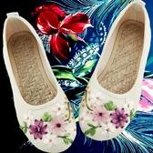 春夏新款女鞋老北京布鞋民族風白色繡花鞋子平底媽媽亞麻大碼單鞋