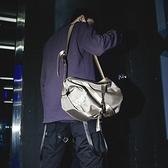 網紅時尚手提包行李包男旅行包單肩街頭潮流斜背包女大容量健身包 - 風尚3C