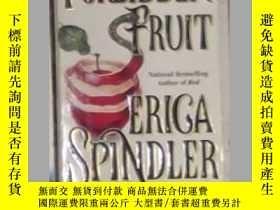 二手書博民逛書店英文原版罕見Forbidden Fruit by Erica S