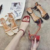 夏季新款韓版晚晚同款氣質露趾粗跟中高跟鞋後空一字扣涼鞋女  卡布奇诺
