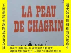 二手書博民逛書店法語原版小說罕見La Peau de chagrin 平裝 Po