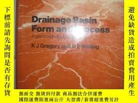 二手書博民逛書店Drainage罕見Basin Form and Process