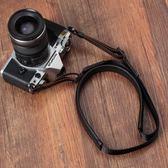適用索尼黑卡RX100M2M3M4M5 M6理光GR2 G7X2微單相機羊皮背帶肩帶   電購3C