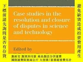 二手書博民逛書店Scientific罕見Controversies: Case
