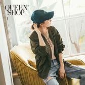 Queen Shop【07020491】繡字草寫字母棒球帽 兩色售*現+預*