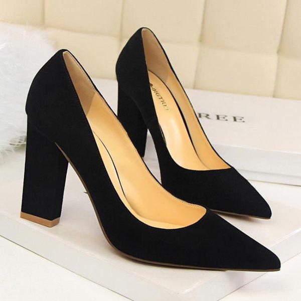 粗跟高跟鞋子 淺口性感顯瘦綢緞尖頭鞋《小師妹》sm534