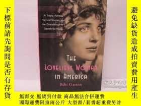 二手書博民逛書店The罕見Loveliest Woman in AmericaY