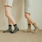 Queen Shop【07110465】雪花圖騰造型長襪 兩色售*現+預*