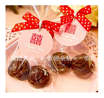 幸福朵朵【濃情玫瑰巧克力(二入)喜糖包】 送客禮二次進場婚禮小物情人節禮物可佈置candy bar喔!