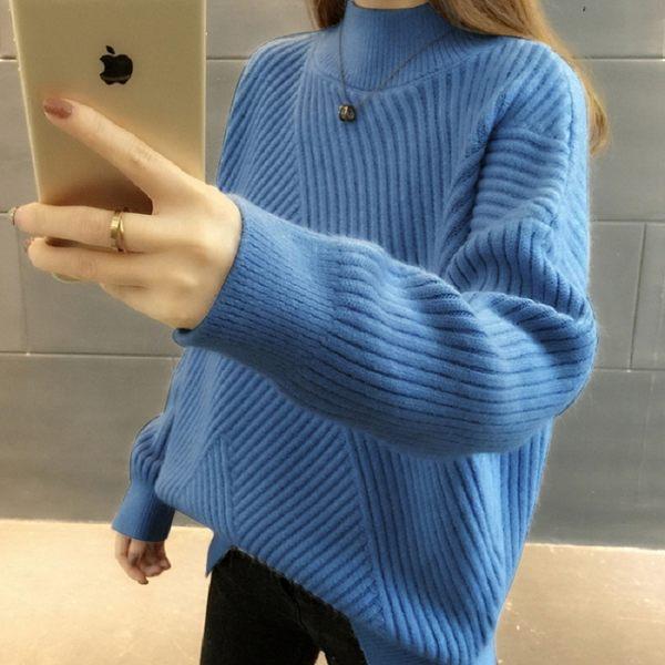 梨卡★現貨 - 秋冬氣質甜美寬鬆舒適半高領條紋保暖毛衣針織衫上衣DR001