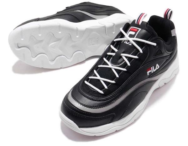 FILA Filaray 男女款黑白色低筒運動慢跑鞋-NO.4C614S001
