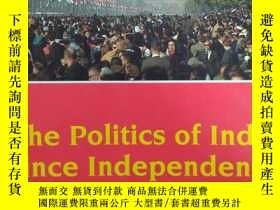 二手書博民逛書店The罕見Politics of India since Ind