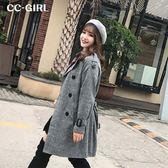 中大尺碼 英倫風格紋風衣外套(附腰帶) - 適XL~4L《 65470 》CC-GIRL
