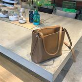 [Busan HX]店主私物自制 超好質感百搭指數5顆星單肩斜挎pu大包  巴黎街頭