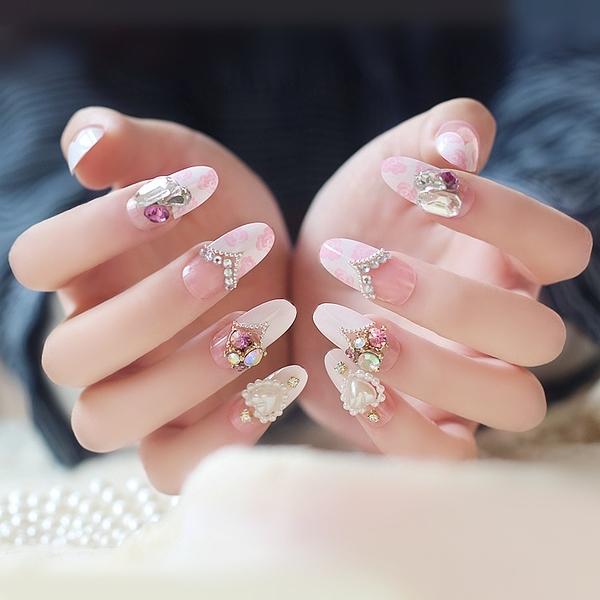 光療感指甲油美甲成品 粉色玫瑰蛋白石亮鑽石法式圓頭假指甲貼片甲片 新娘美甲配外套皮衣風衣
