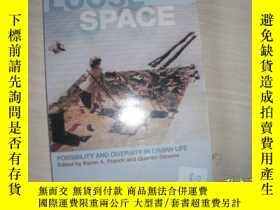 二手書博民逛書店Loose罕見Space:Possibility and Diversity in Urban Life【764】