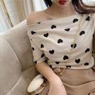 朗佰麗性感斜肩一字領露肩上衣女2021新款韓版愛心短袖t恤打底衫