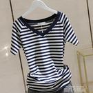 橫條紋短袖T恤女2020夏季新款韓版棉質修身顯瘦插肩袖V領上衣F371 依凡卡時尚