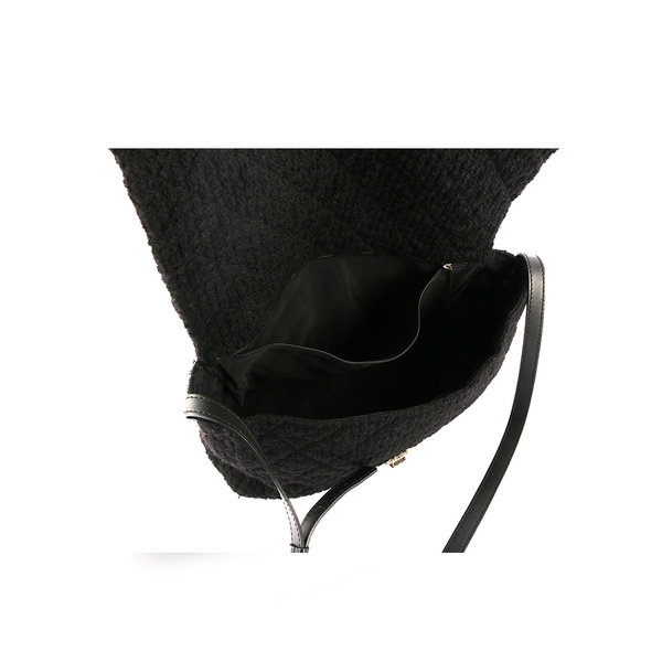 【CHANEL】軟呢 斜背包(黑色)CH14000014