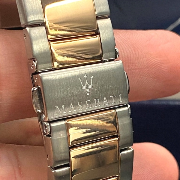 星晴錶業-MASERATI瑪莎拉蒂男錶,編號R8853140003,44mm寶藍錶殼,金銀相間錶帶款