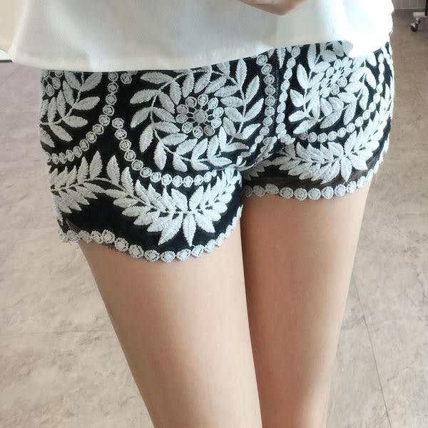 蕾花圖騰短褲 民族風蕾絲黑 顯瘦安全褲 韓 NXS