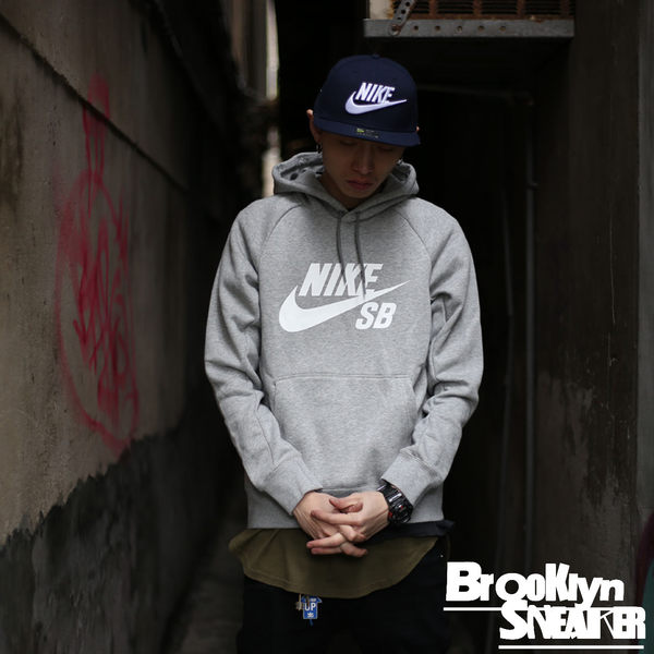 Nike Hoodie刷毛帽T