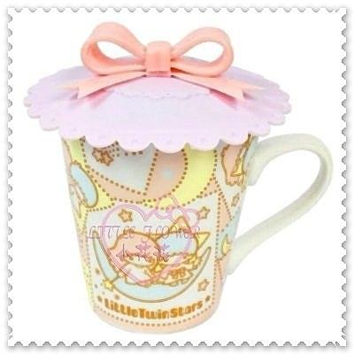 小花花日本精品♥ Hello Kitty 雙子星星星造型好實用滿滿豐富陶瓷馬克杯茶杯附蓋11205203