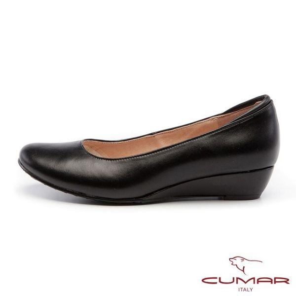CUMAR 經典黑與白-優雅簡約素面低跟紓壓OL鞋(黑色