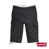 Levis 男款 休閒工作短褲 / 率性黑 / 硬挺無彈性