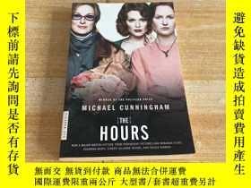 二手書博民逛書店The罕見Hours: A Novel. Michael CunninghamY249169 Michael