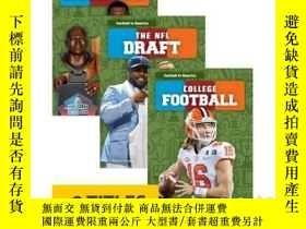 二手書博民逛書店Football罕見in America (Set of 8)Y