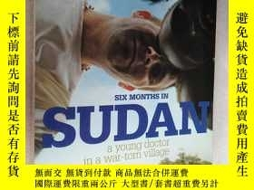 二手書博民逛書店SIX罕見MONTHS IN SUDAN (A young do
