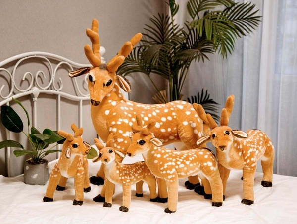 【50公分】站姿梅花鹿 仿真動物玩偶 絨毛娃娃 公仔 生日禮物 擺設裝飾布置 聖誕節交換禮物