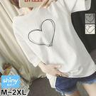 【V2348】shiny藍格子-簡約休閒.愛心圓領寬鬆中長袖上衣