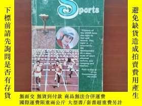 二手書博民逛書店This罕見is the USSR:Sports( 品好)Y399409 Novosti press age