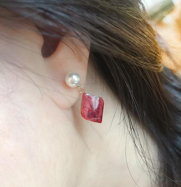 韓國珍珠貝殼垂耳耳環~夏綠蒂 didi-shop