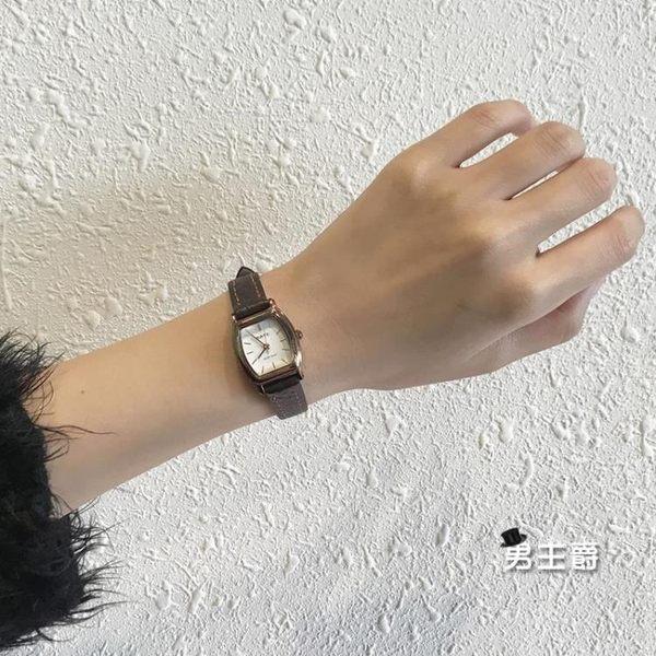 流行女錶ins手錶女chic簡約正韓復古文藝vintage學院風小錶盤防水皮帶女錶(男主爵)