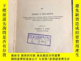二手書博民逛書店THE罕見NEW SOCIAL RESEARCH ( 英文版)
