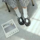 Queen Shop【05030226】細帶鏤空編織造型平底涼鞋 三色售*現+預*