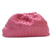 BOTTEGA VENETA 寶緹嘉 粉色編織牛皮雲朵包 The Pouch Clutch Bag 【BRAND OFF】
