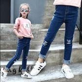 2018春季新款牛仔布褲 膝蓋字母破洞 中大童修身女褲子 緊身褲女童 彈力牛仔褲 兒童褲子 打底褲