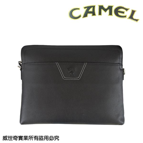 【CAMEL】男用鹿紋牛皮手拿包 側背包 平板包 (53802黑色)【威奇包仔通】