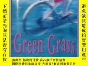 二手書博民逛書店英文原版罕見Green Grass by Raffaella B