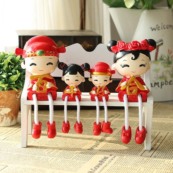 現代家居裝飾品擺件酒櫃客廳隔板創意樹脂吊腳娃娃室內裝飾動物─預購CH2231