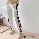 【OBIYUAN】休閒褲 配色 褲腳拉鍊 寬鬆 運動褲 長褲 3色【W1917】