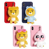 KAKAO FRIENDS 絨毛玩偶吊飾 手機殼│iPhone 7 8 Plus X XS MAX XR 11 Pro S8 S9 Note8 Note9 Note10│z8864
